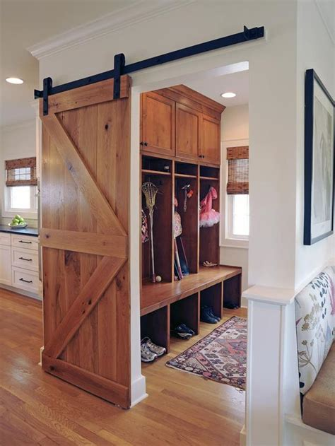Home-Plans-With-Mudroom