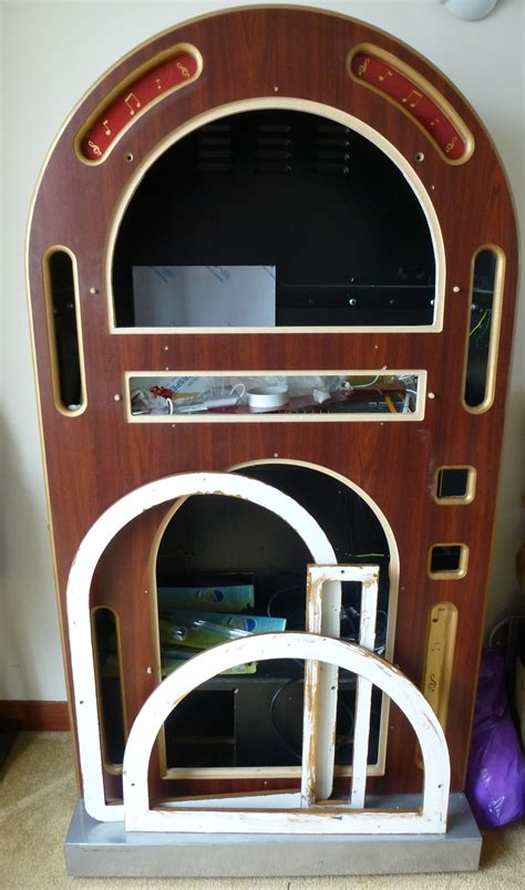 Homemade-Jukebox-Cabinet-Plans