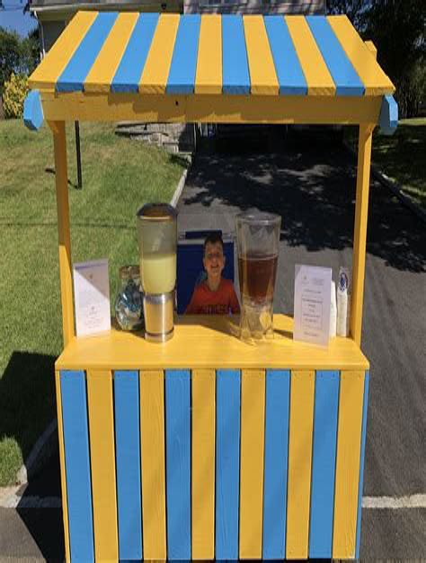 Homemade-Lemonade-Stand-Plans