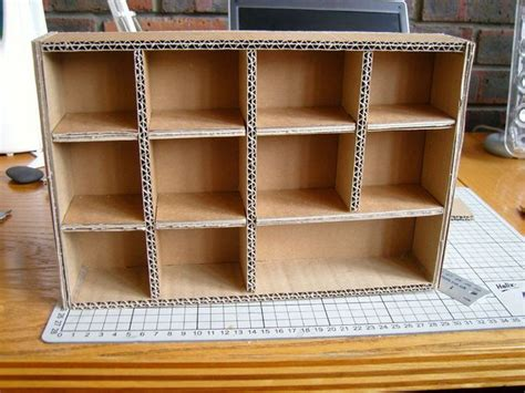 Homesde-Diy-Cardboard-Shelves