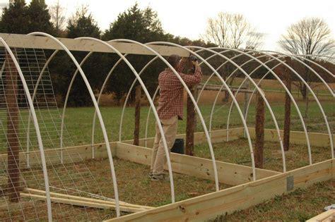 Hoop-Greenhouse-Plans-Free