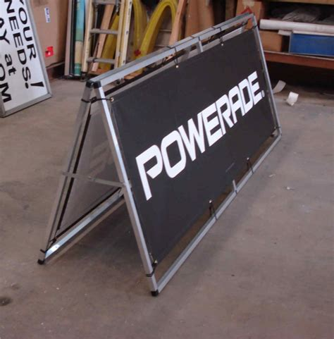 Horizontal Banner Stand DIY