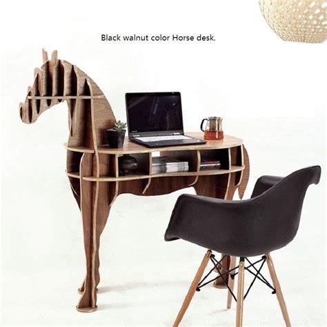 Horse-Shaped-Desk-Plans