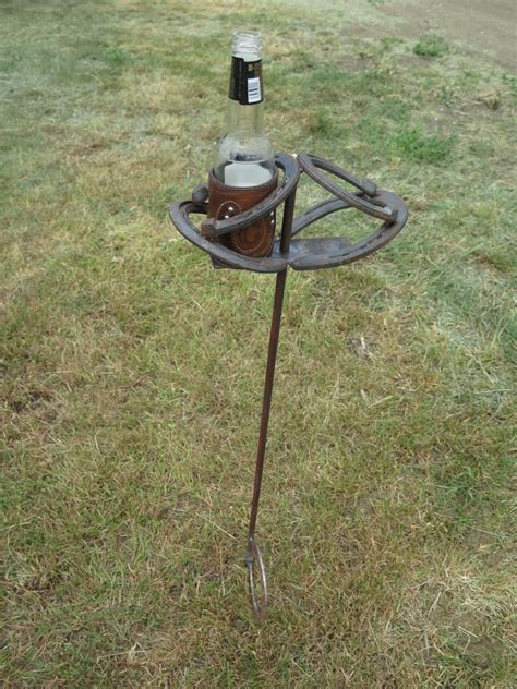 Horseshoe And Star Double Beverage Stand