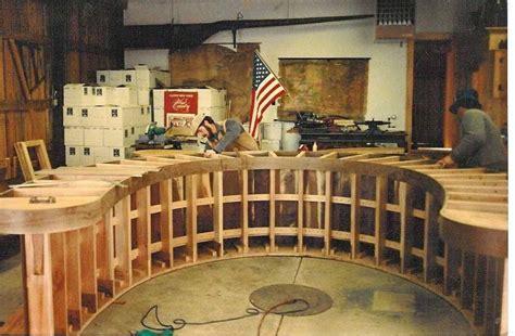 Horseshoe-Shaped-Bar-Plans