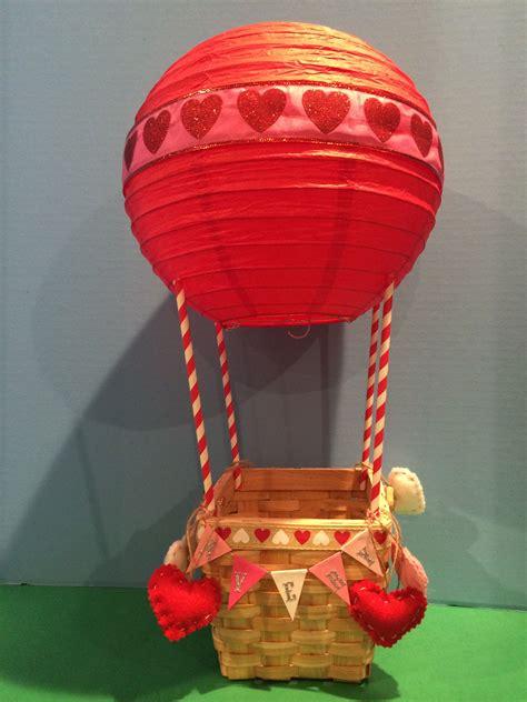 Hot-Air-Balloon-Valentine-Box-Diy