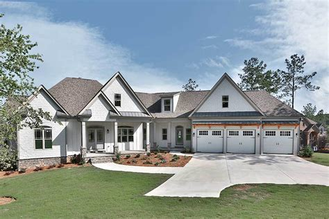 House Floor Plans With Angled Garage