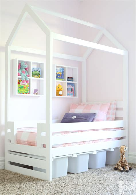 House-Frame-Toddler-Bed-Plans