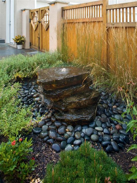 House-Plans-That-Incorporate-Wood-Stone-And-Water