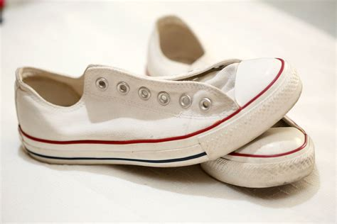 How Do You Clean Converse Sneakers