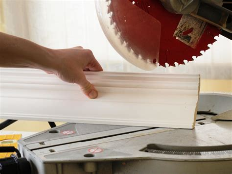 How To 45 Crown Molding