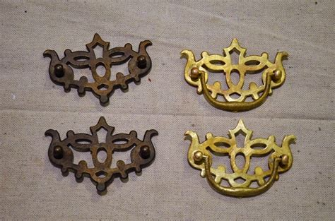 How To Antique Brass Hardware With Vinegar