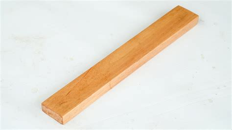 How To Apply Clear Coat On Wood