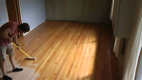 How To Apply Polyurethane To Wood Floors Youtube Music Videos