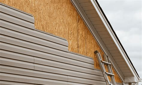 How To Apply Sealant To Wood Siding