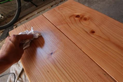 How To Apply Wood Stain With A Rag