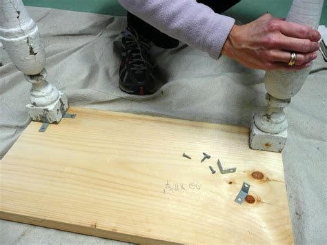 How To Attach A Tabletop Without Screws