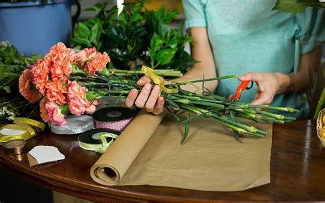 How To Avoid Cutting Stems On Flowers