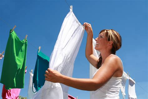 How To Bleach Clothes White