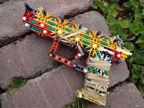 How To Build A Bulldozer Out Of Knex