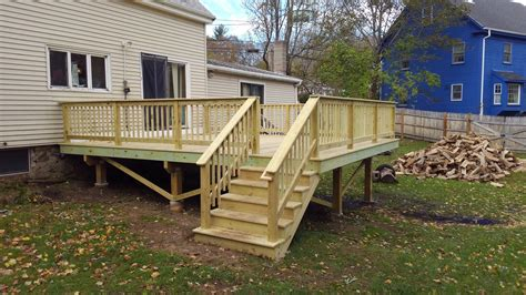How To Build A Composite Deck With Railing
