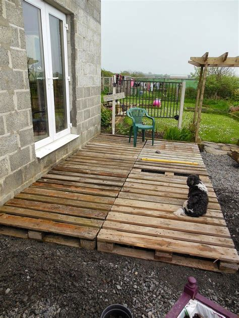 How To Build A Deck Floor In Yard