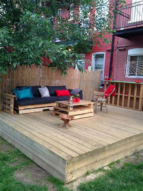 How To Build A Floating Deck With Pallets