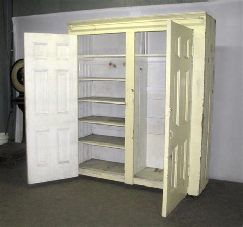 How To Build A Free Standing Closet Plans