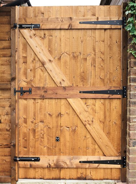 How To Build A Garden Gates