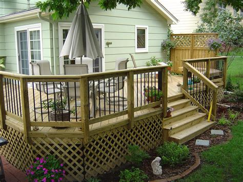 How To Build A Lattice Deck Railing