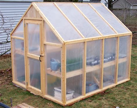 How To Build A Polycarbonate And Wood Greenhouse Plans