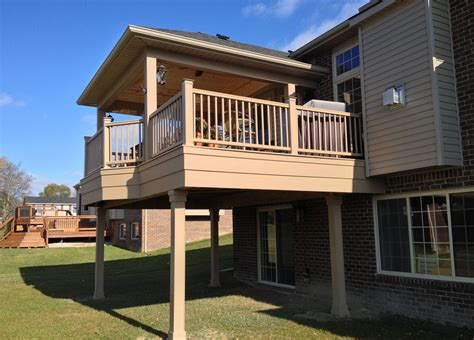 How To Build A Second Story Deck Out Of Wood