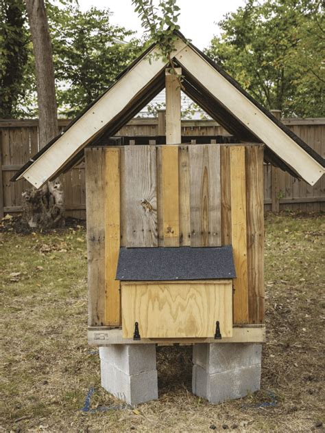 How To Build A Small Chicken Coop Step By Step