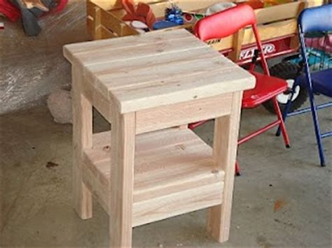 How To Build A Small End Table Out Of 2 X 4s