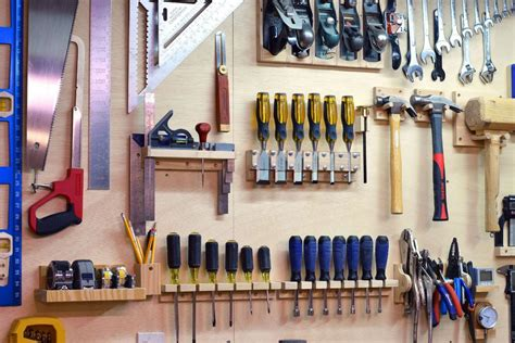 How To Build A Tool Rack For Garage