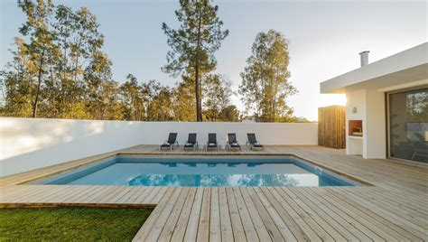 How To Build A Wood Deck Around An Inground Pool