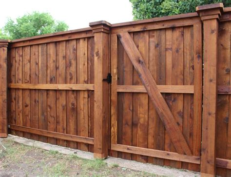 How To Build A Wood Fence Gate With Pictures