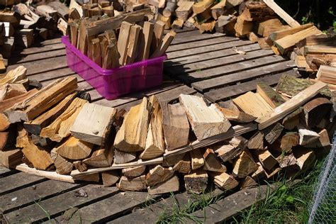 How To Build A Wood Pile