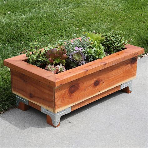 How To Build A Wooden Box For Plants