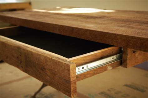 How To Build A Wooden Desk With Drawers