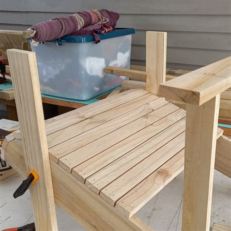How To Build An Adirondack Chair By Les Kenny