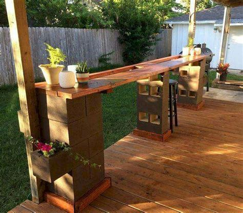 How To Build An Outside Bar With Concrete Blocks And Boards