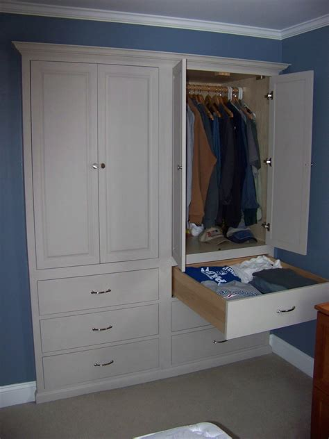 How To Build Built In Cabinets In A Closet