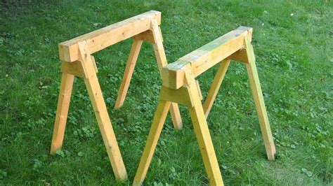 How To Build Sawhorses From 2x4 Lumber