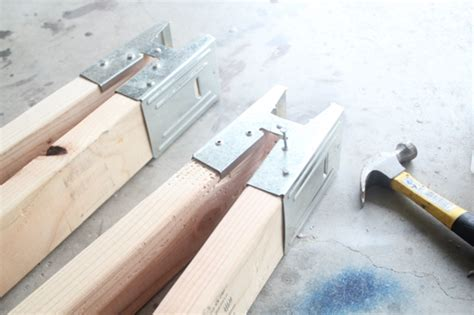 How To Build Sawhorses From Brackets