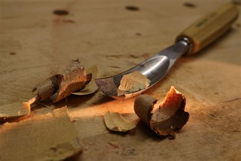 How To Carve Relief Carvings In Wood