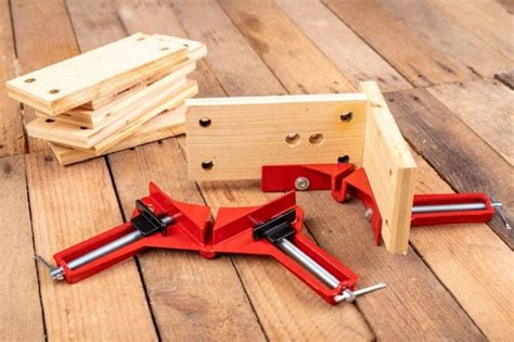 How To Clamp Wooden Pieces For Sanding Wood