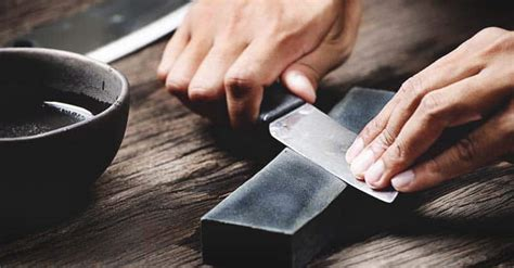 How To Clean A Loaded Sharpening Stone