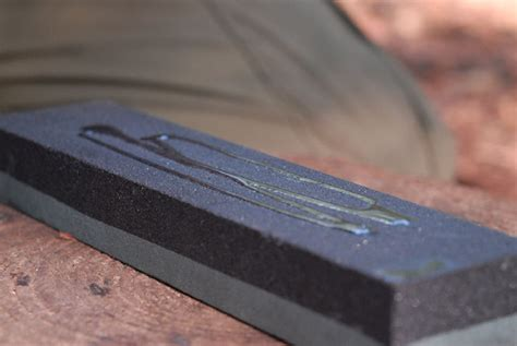 How To Clean An Oil Sharpening Stone