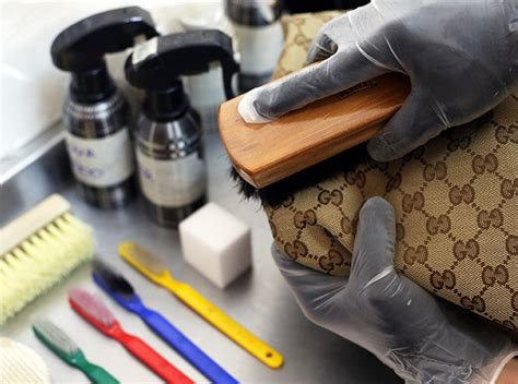 How To Clean Polyurethane Handbag